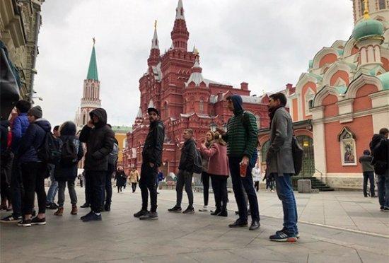 В России начались официальные продажи iPhone 8