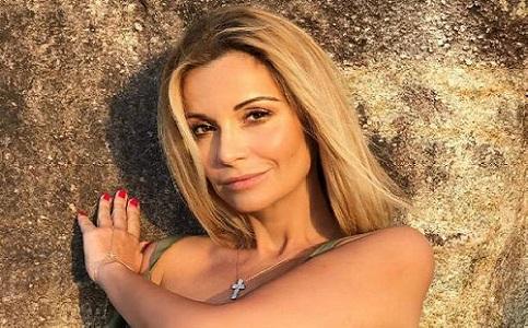 Ольга Орлова выставила фото в купальнике на Сейшелах